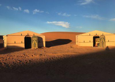 Bivouac aux pieds des dunes
