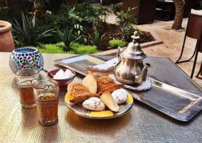 Petit déjeuner dans une Kasbah