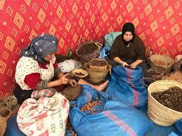 Coopératives de femmes produisant l'huile d'argan