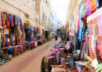 Rue commerçante à Essaouira